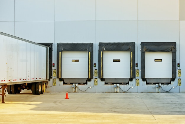 Semi truck and warehouse
