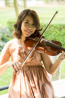 Senhora violinista