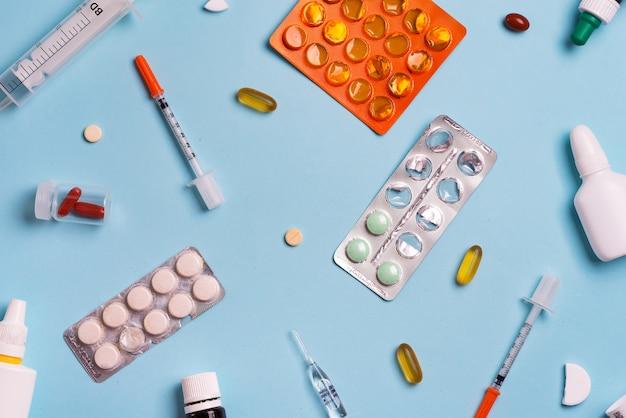 Seringas e pílulas. remédio