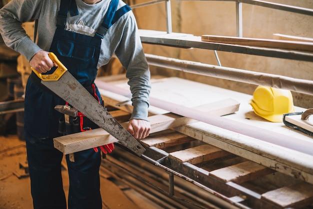 Serragem de carpinteiros