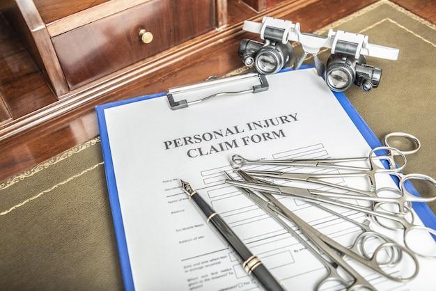 Serviços jurídicos de advogados para reclamações de negligência médica formulário de reivindicação de negligência médica