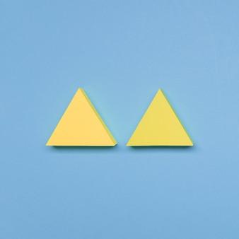 Setas amarelas de vista superior