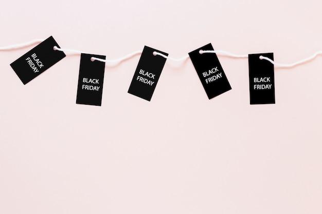 Sexta-feira preta tags conectado por corda