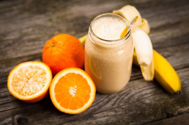 Shake de banana fresca