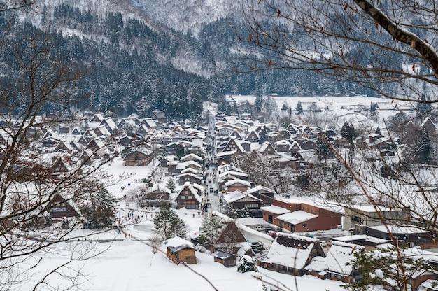 Shirakawa-go com a queda de neve gifu chubu japão