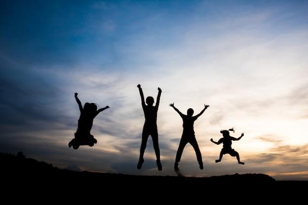 Silueta, de, pessoas, feliz, tempo