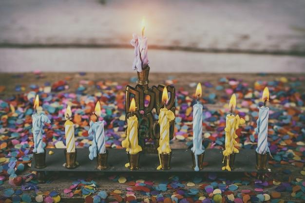 Símbolo de feriado judaico hanukkah, o festival judaico de luzes