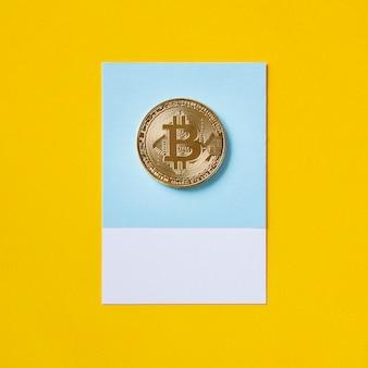 Símbolo de moeda econômica de bitcoin ouro