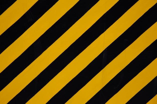 Sinal de aviso amarelo - preto
