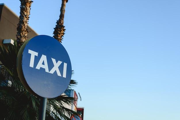 Sinal de estacionamento para táxis