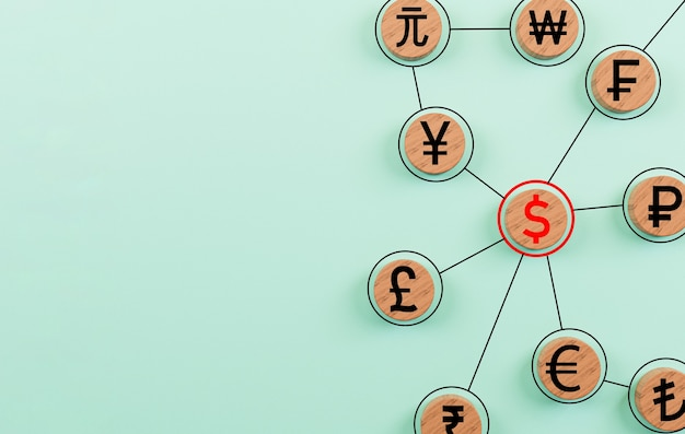 Sinal de moeda imprimir tela no bloco de madeira do círculo e ligação junto sobre fundo azul para banco financeiro e conceito de forex de negociação de moeda por renderização em 3d.