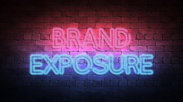 Sinal de néon de exposição da marca em uma parede