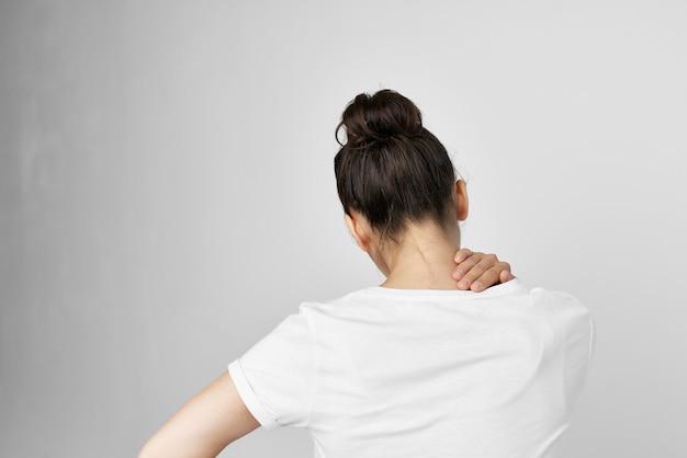 Síndrome dolorosa da mulher desconforto problemas de saúde