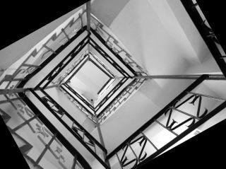 Sinuosas escadas