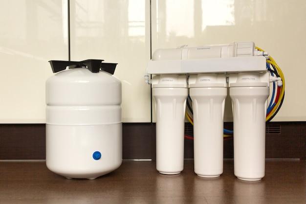 Sistema de filtro de água ou osmose, purificação de água, cartuchos.