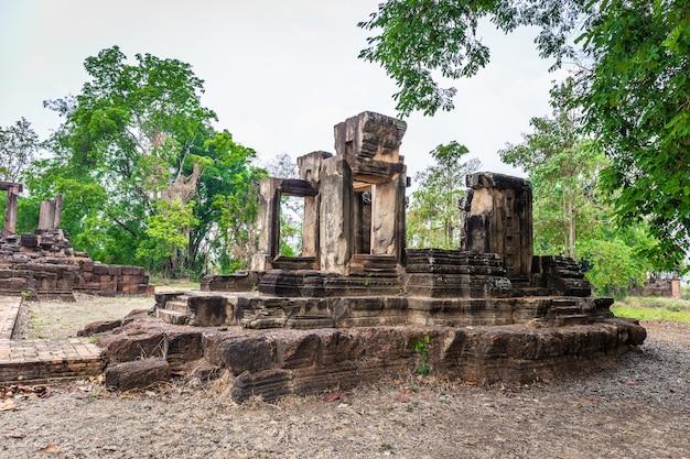 Sítio arqueológico tailandês. pode ser encontrado em nakhon ratchasima province tailândia