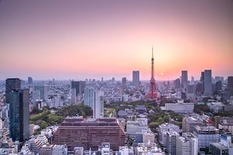 Skyline da cidade de Tóquio ao pôr do sol, Japão