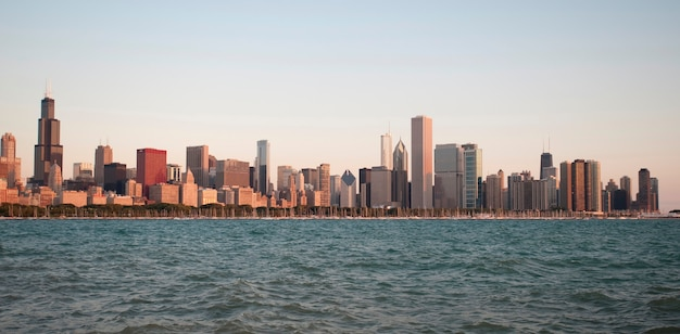Skyline de chicago, o lago michigan