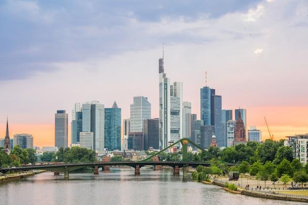 Skyline de frankfurt alemanha