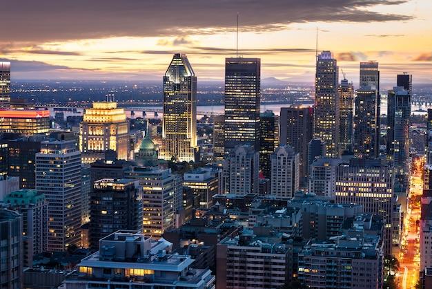 Skyline de montreal à noite