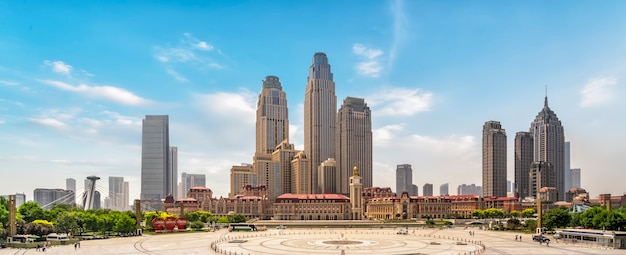 Skyline de paisagem urbana de road plaza e tianjin
