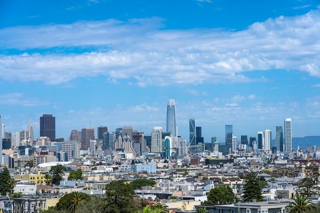 Skyline de são francisco vista do dolores park