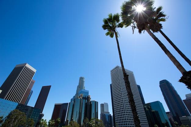 Skyline do centro la los angeles califórnia de 110 fwy