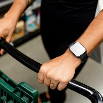Smartwatch em branco tela, dispositivo digital vestível