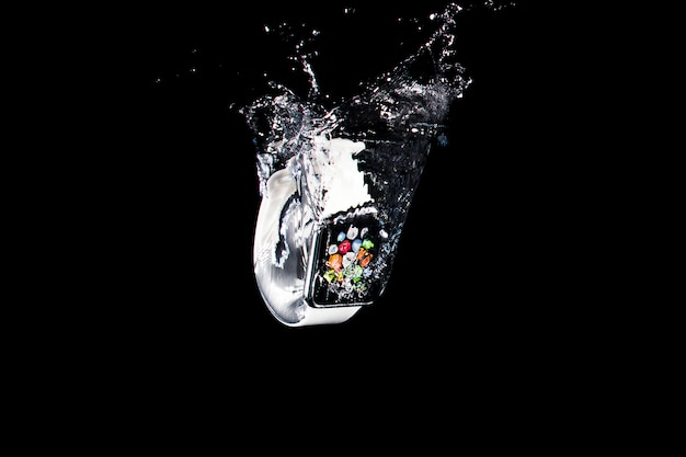 Smartwatch submerso