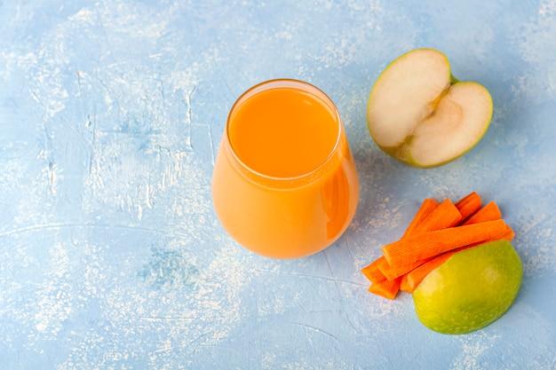 Smoothie de cenoura desintoxicação nutritiva