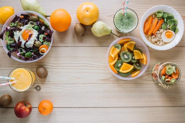 Smoothie e pratos saudáveis