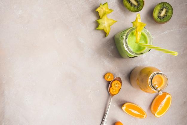 Smoothie verde saudável e delicioso