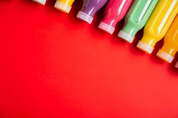 Smoothies coloridos com espaço de cópia