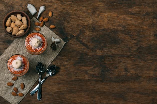 Sobremesa de inverno vista superior com espaço de cópia
