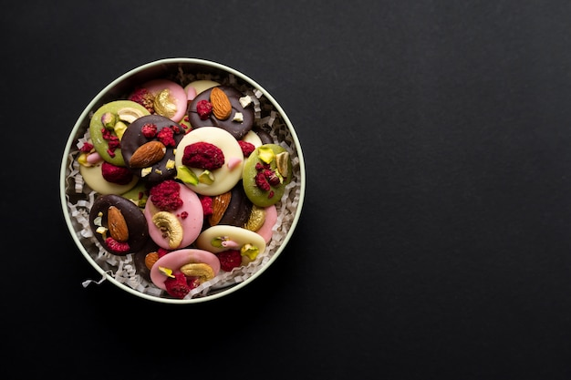 Sobremesa tradicional de natal de chocolate francês