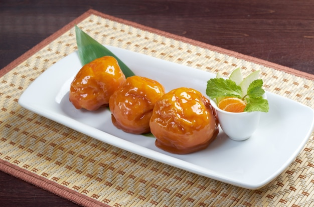 Sobremesa tradicional japonesa fruit.closeup