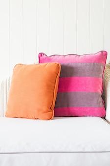 Sofa pillow decoration interior sala de estar