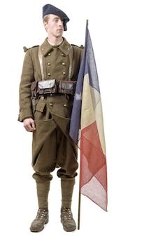 Soldado francês com uma bandeira
