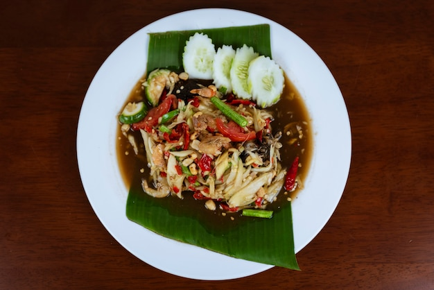 Som tum tailandês picante, salada de papaia verde tailandês