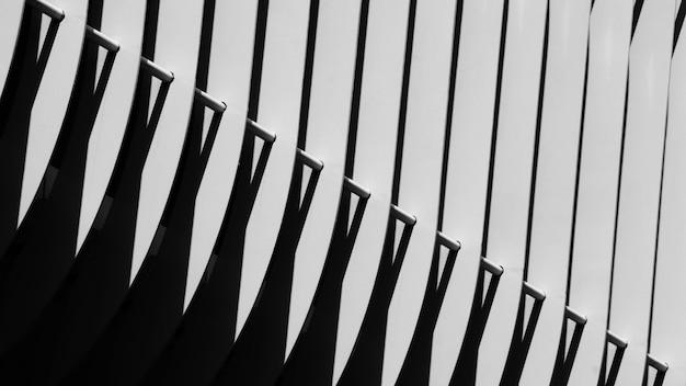 Sombra abstrata de um padrão de cerca de metal - fundo
