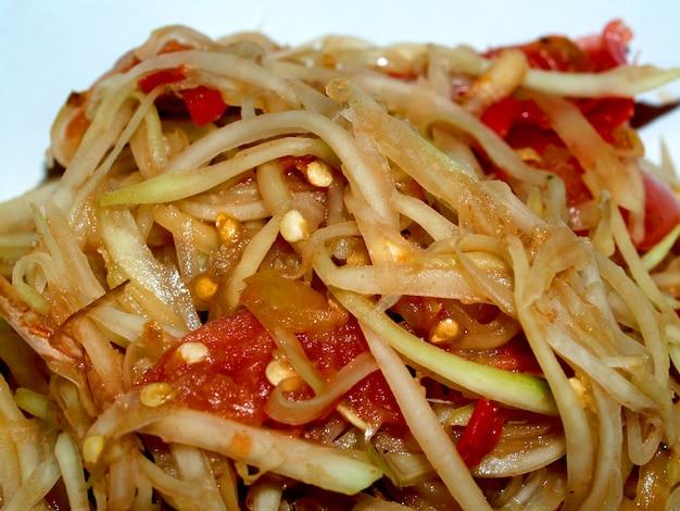 Somtum papaya salad comida tailandesa