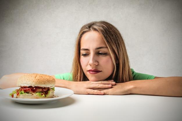 Sonhando em comer um hambúrguer