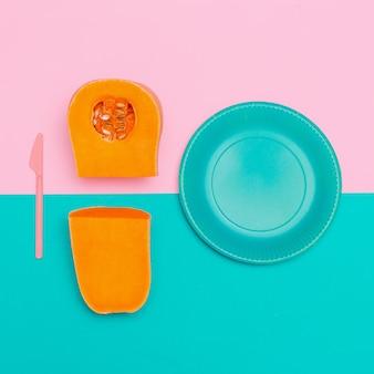 Sopa de abóbora vegan estilo minimalista de arte