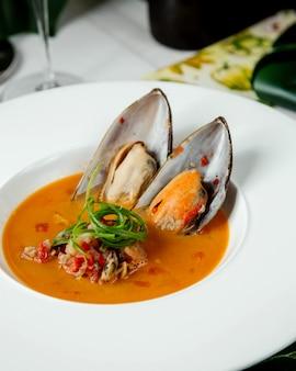 Sopa de legumes com ostras