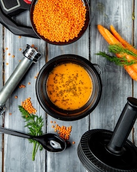 Sopa de lentilha e feijão de lentilha