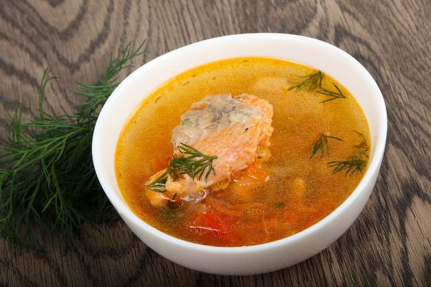 Sopa de salmão