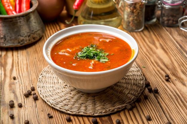 Sopa kharcho com carne e arroz