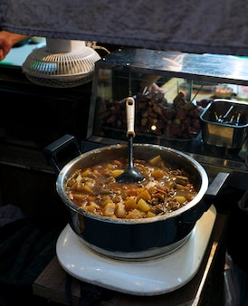 Sopa tradicional japonesa de ramen miso