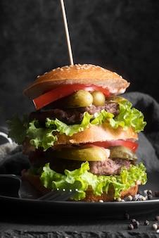 Sortido de menu de hambúrguer saboroso