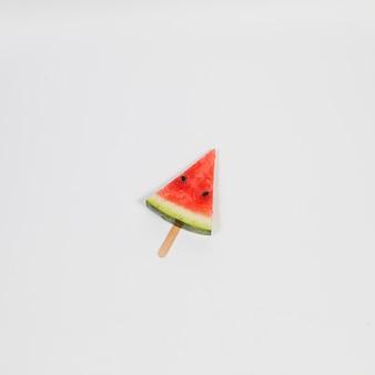 Sorvete de melancia na vara